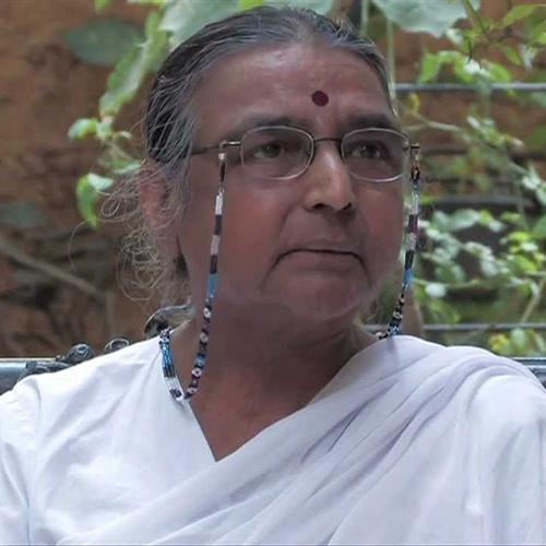 Bibliografia Dra. Geeta S. Iyengar